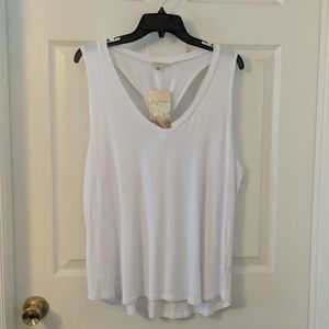Lily White sleeveless t-shirt with adorable back